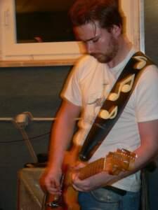 Daniel Doclot an der Gitarre